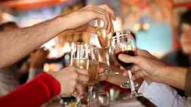 Daily alcohol intake increases breast cancer risk, study suggests