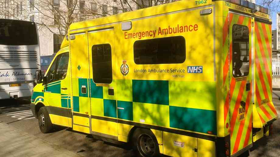 West Midlands and Scottish Ambulance Services to trial defibrilator map