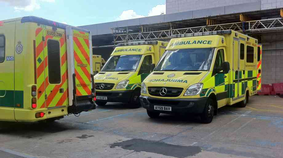 Alcohol related hospital admissions show 15 per cent increase over ten years